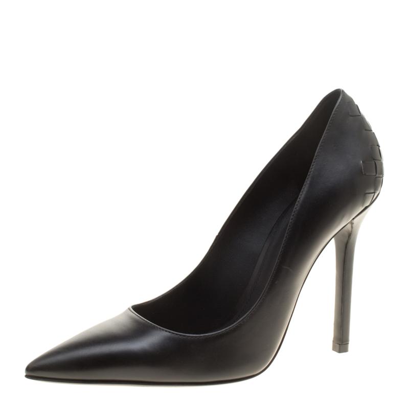 Bottega Veneta Black Leather Intrecciato Detail Pointed Toe Pumps Size 36