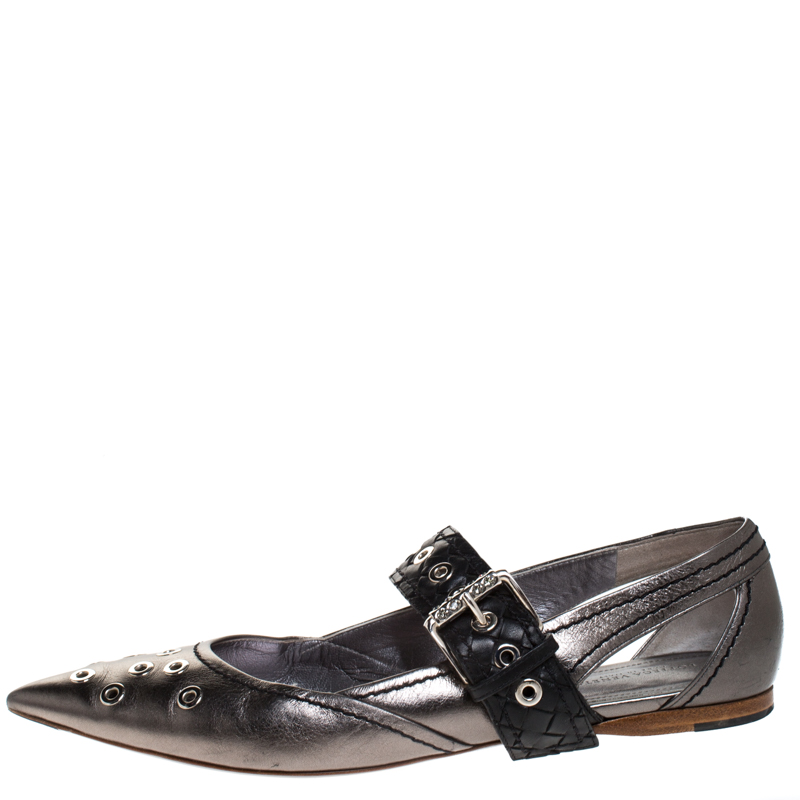 Bottega Veneta Metallic Silver Leather Eyelet Embellished Mary Jane Ballerina Flats Size 39