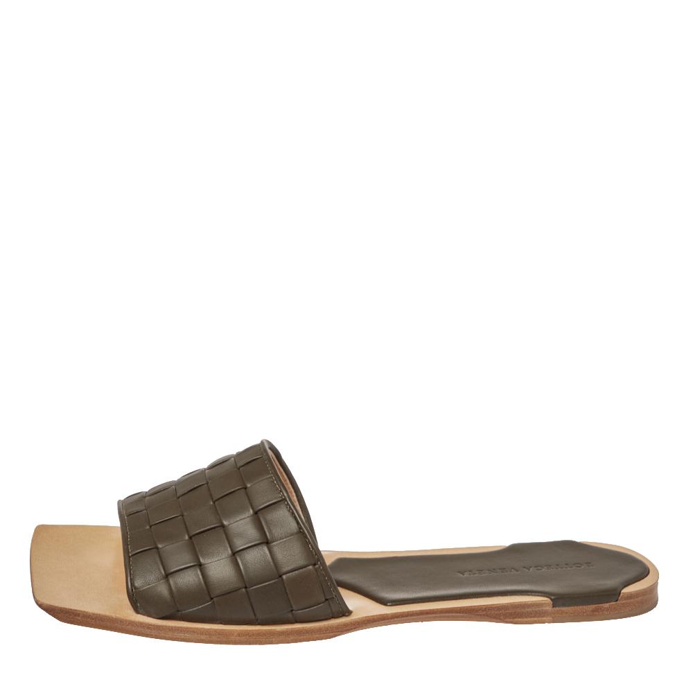 Bottega Veneta Dark Olive Green Intrecciato Leather Flat Slides Size 41  - buy with discount