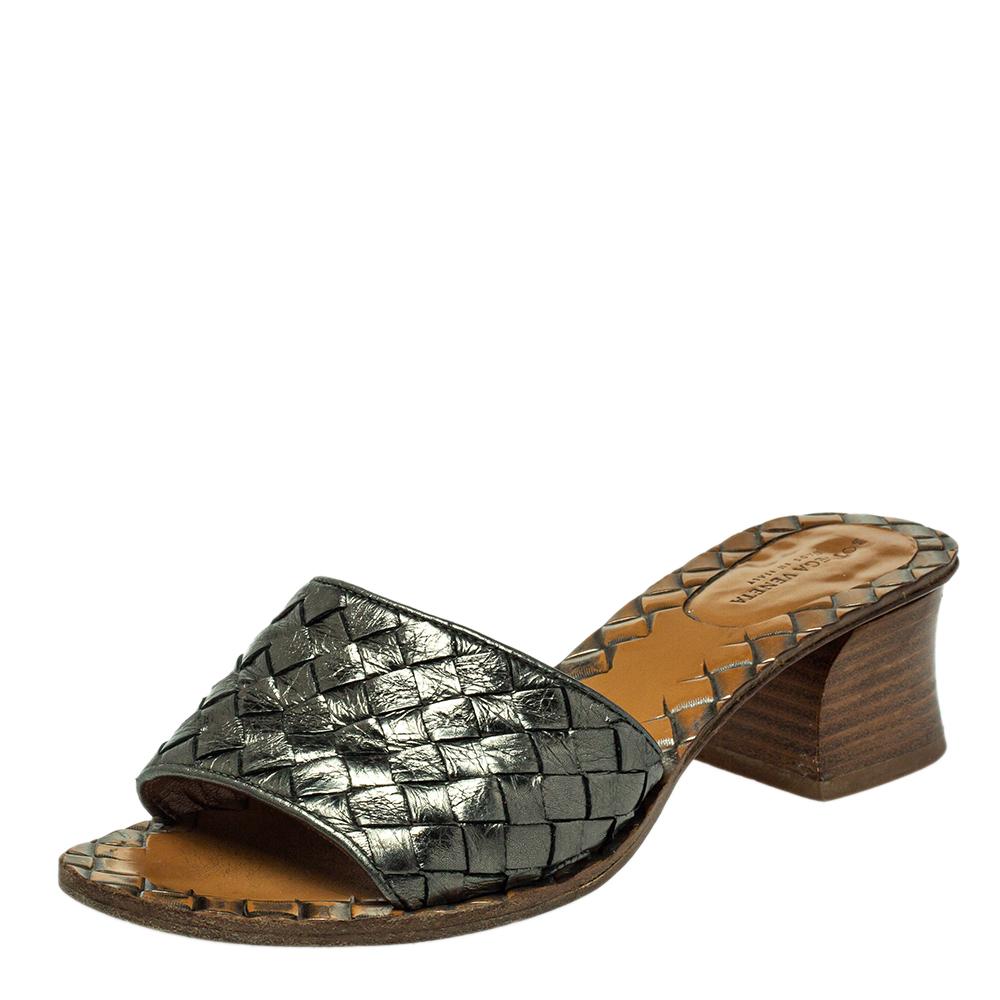 Pre-owned Bottega Veneta Metallic Grey Intrecciato Leather Ravello Slide Sandals Size 35