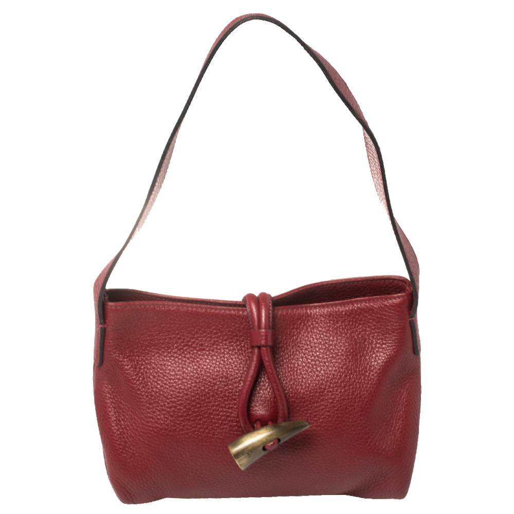 Pre-owned Burberry Red/beige Pebbled Leather And Haymarket Pvc Horn Toggle Baguette Bag