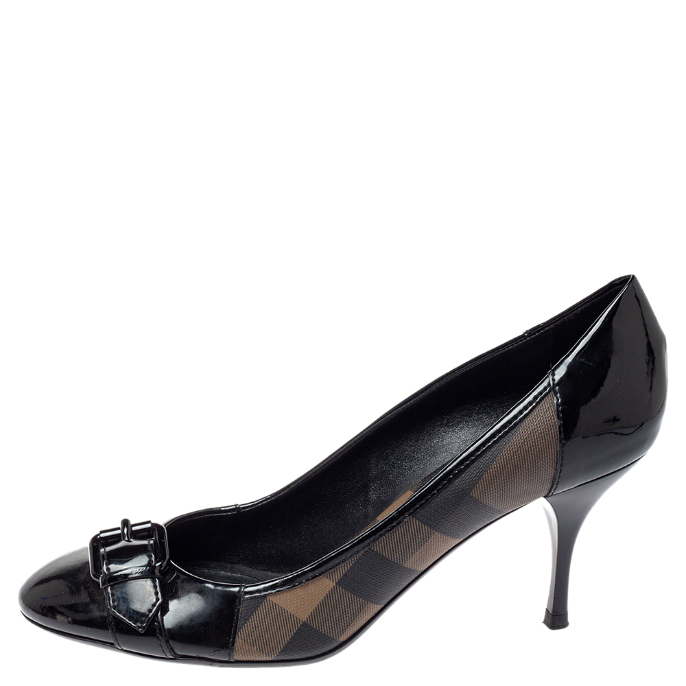 Burberry Black Nova Check Coated Canvas and Patent Leather Buckle Round Toe Pumps Size 39