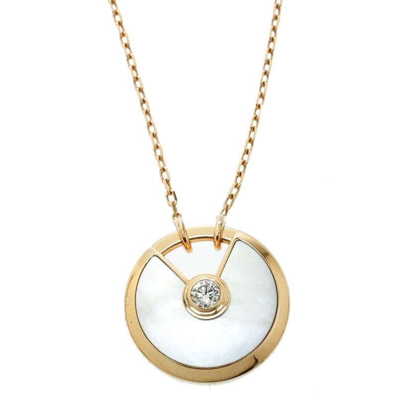 Купить со скидкой Cartier Amulette de Cartier Mother of Pearl & Diamond 18k Yellow Gold Pendant Necklace