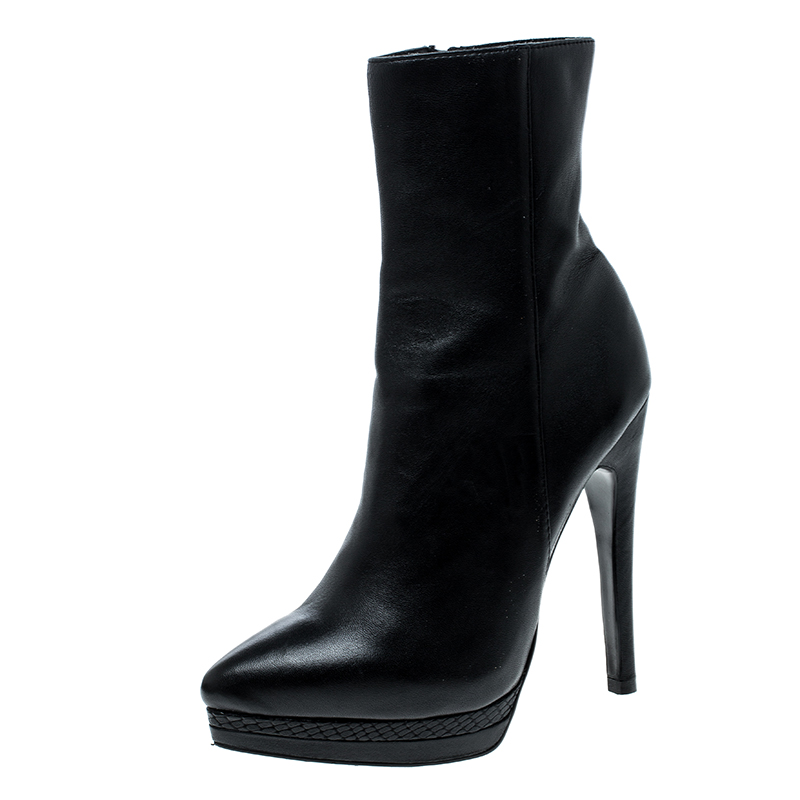 Casadei Black Leather Pointed Toe