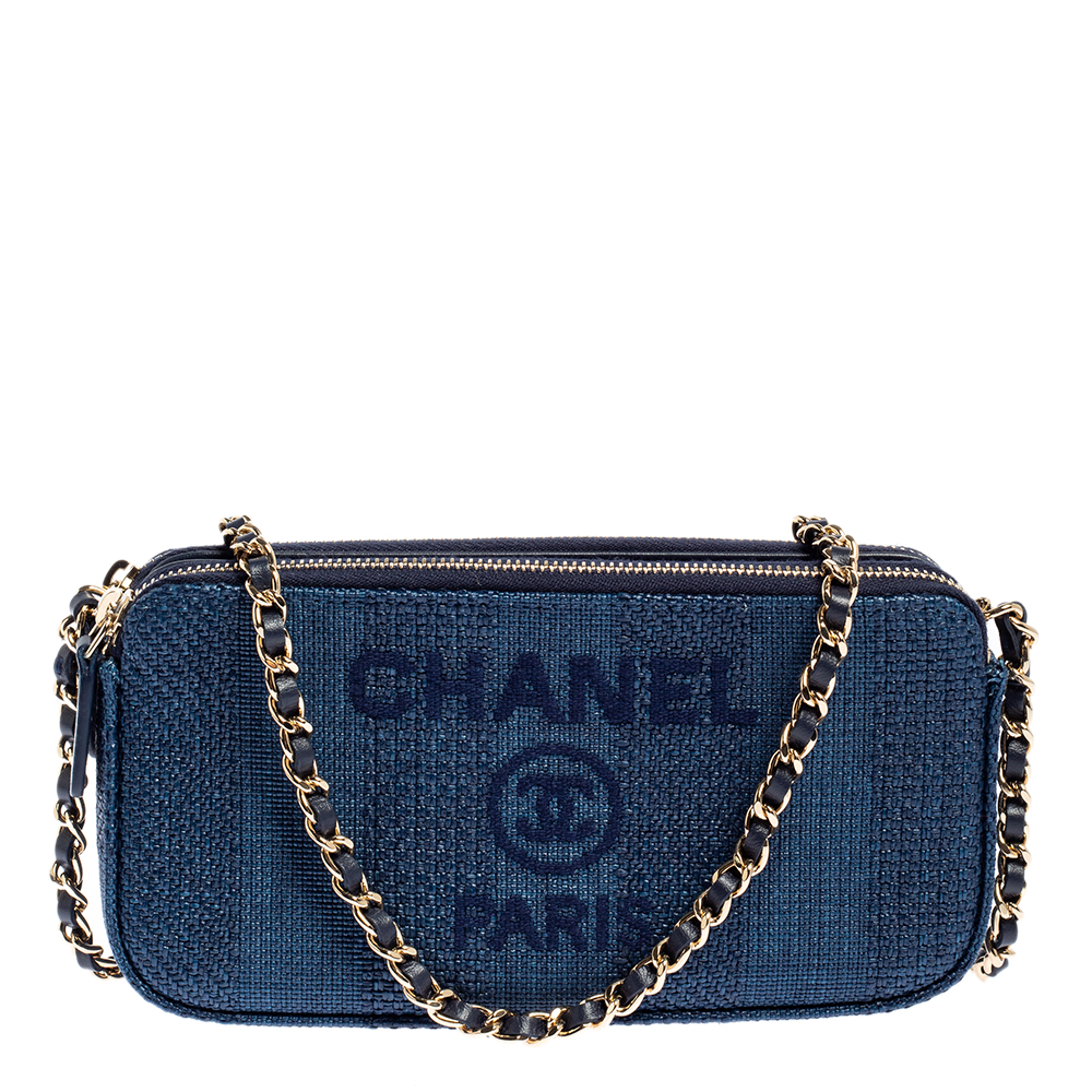 Pre-owned Chanel Blue Denim Clutch With Chain