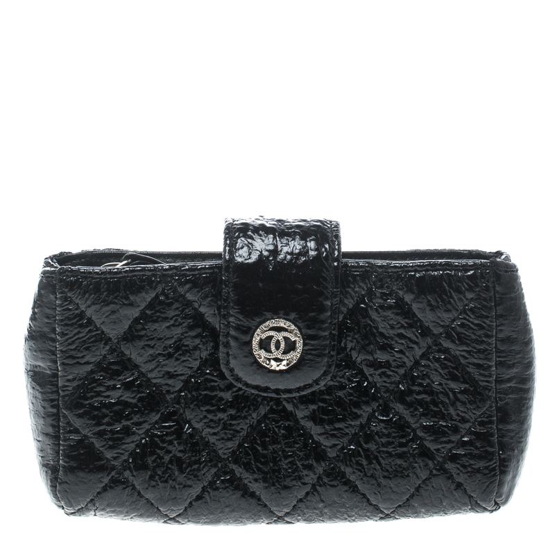 Купить со скидкой Chanel Black Quilted Coated Fabric iPhone Pouch