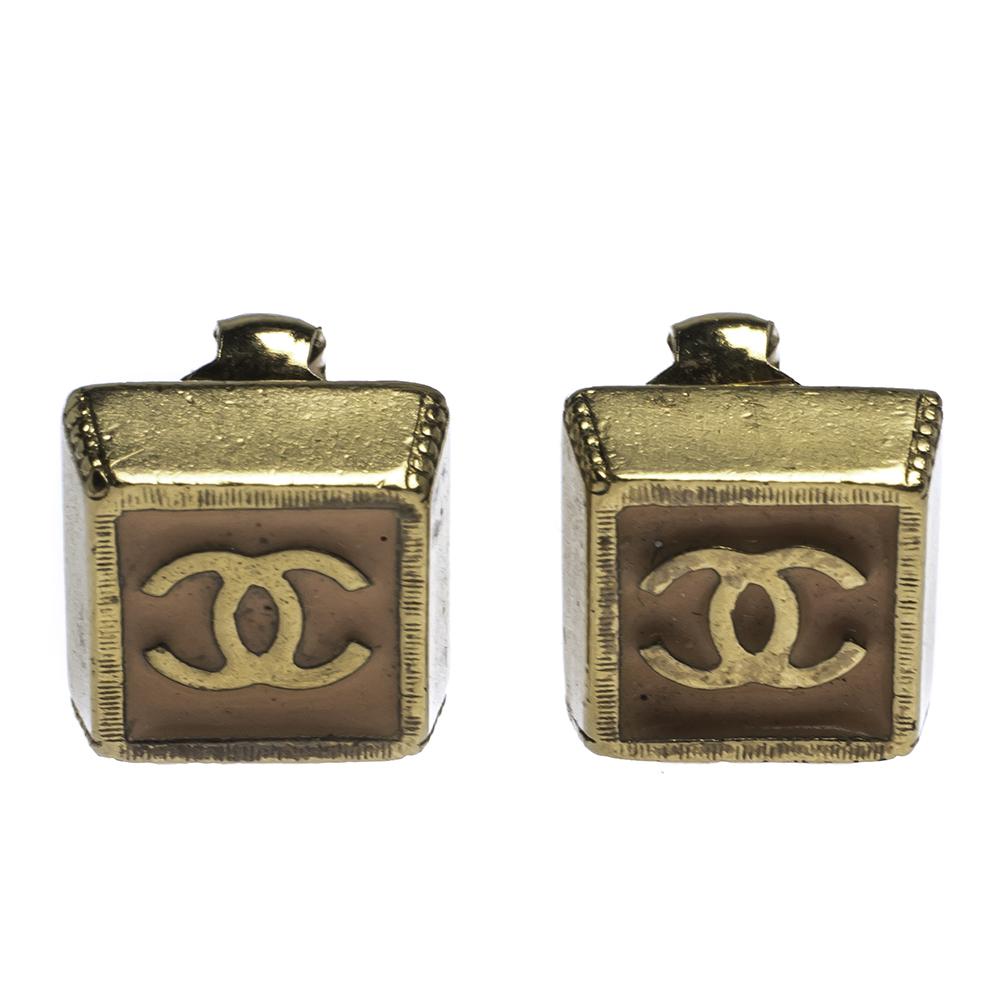 Chanel CC Pink Enamel Gold Tone Clip-on Earrings