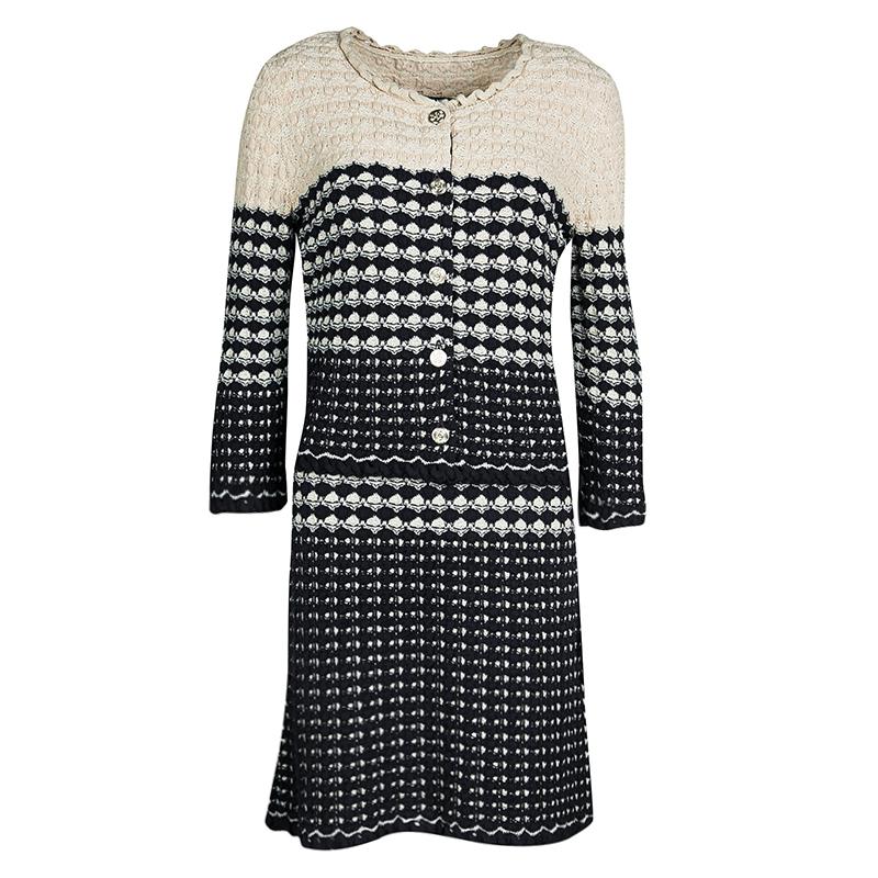 28fc237b800 ... Chanel Navy Blue and Beige Knit Dress and Cardigan Set M. nextprev.  prevnext