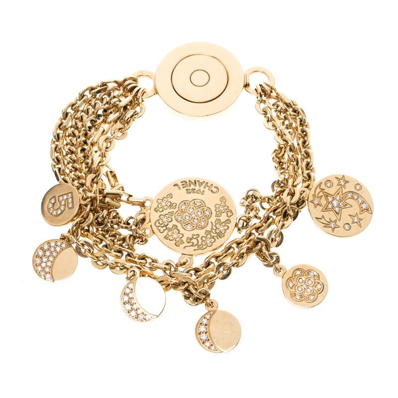 Купить со скидкой Chanel Camelia No 5 Yellow Gold And Diamond Charm Bracelet