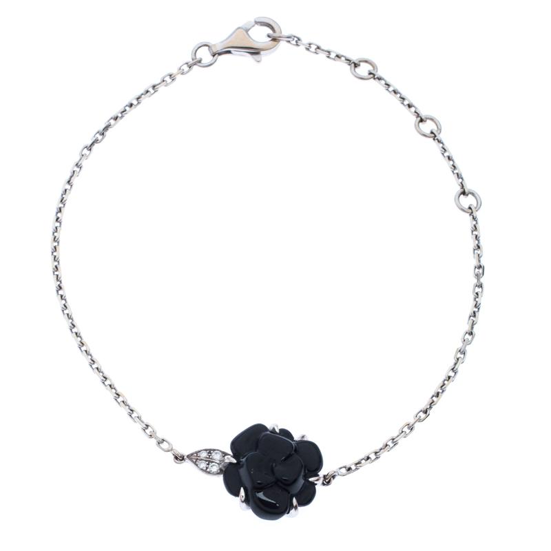 Chanel Camélia Sculpté Onyx Inlay Diamond 18k White Gold Bracelet