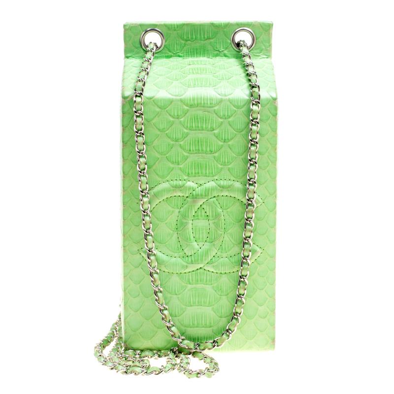 029fbd4f8e7c Buy Chanel Light Green Python Lait de Coco Minaudiere Box 106882 at ...