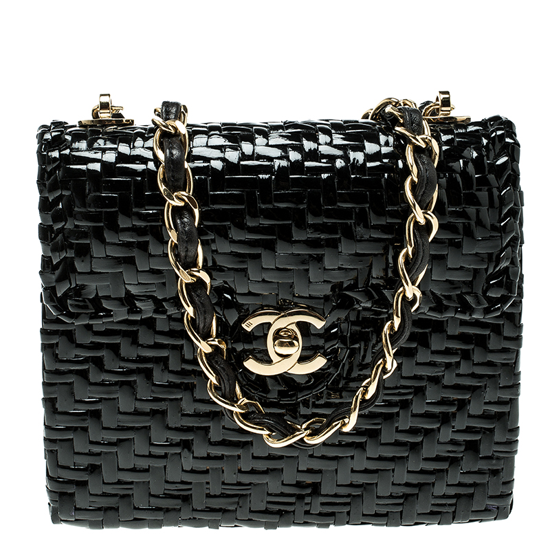 64ba698e2654fe Buy Chanel Black Glazed Wicker Mini Vintage Flap Bag 136384 at best price |  TLC