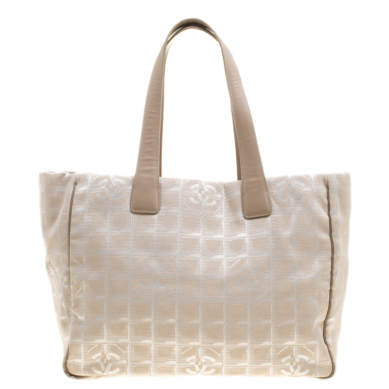 bbb84fe5d7df Buy Chanel Beige Nylon Travel Line Tote 138691 at best price | TLC
