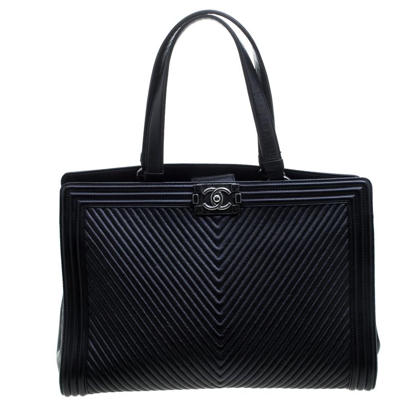 7e77e92743da ... Chanel Black Chevron Quilted Leather Large Boy Shopping Tote. nextprev.  prevnext