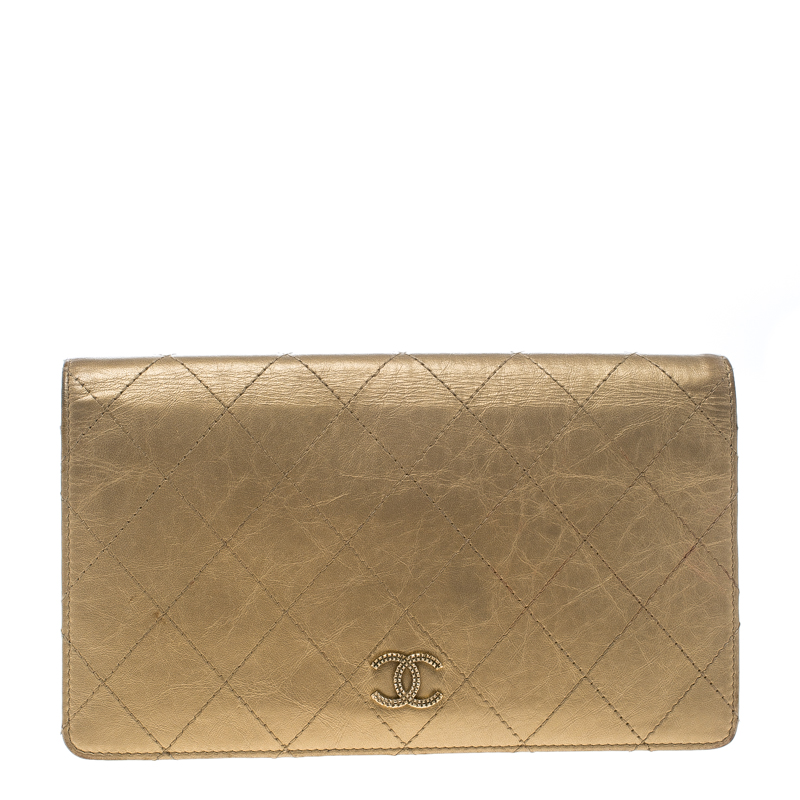 Купить со скидкой Chanel Gold Quilted Leather Classic Bifold Continental Wallet