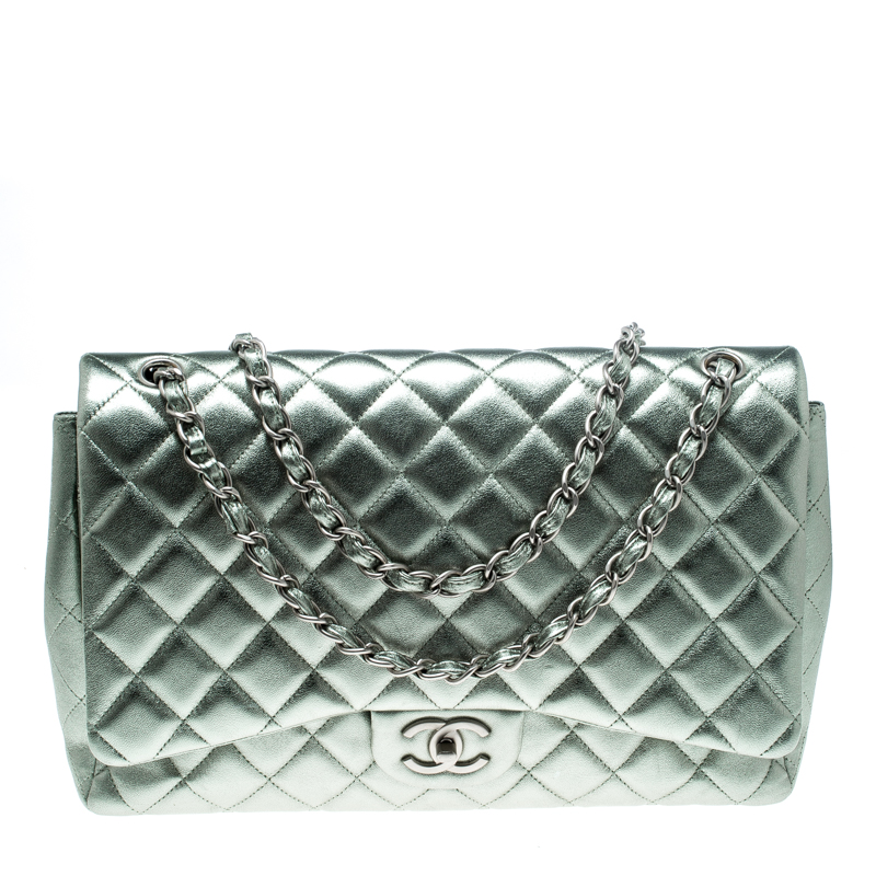 3467563e2a8a37 ... Chanel Metallic Silver Quilted Leather Maxi Classic Double Flap Bag.  nextprev. prevnext