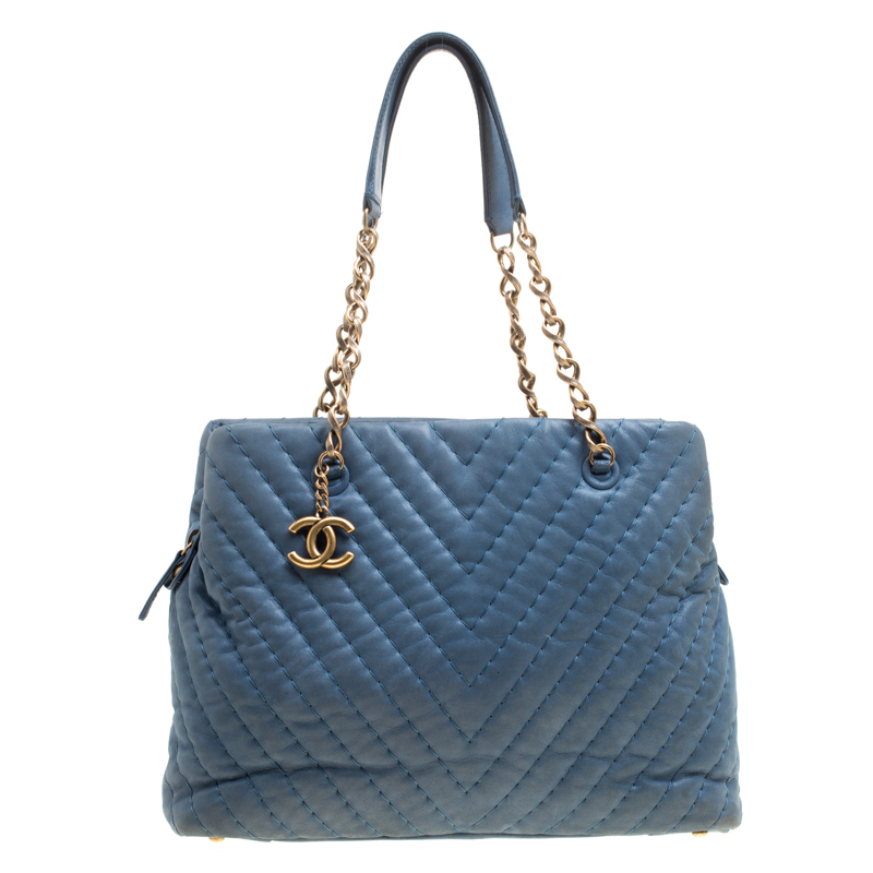 bfa35f99b86f Chanel Blue Iridescent Chevron Quilted Leather Large Surpique