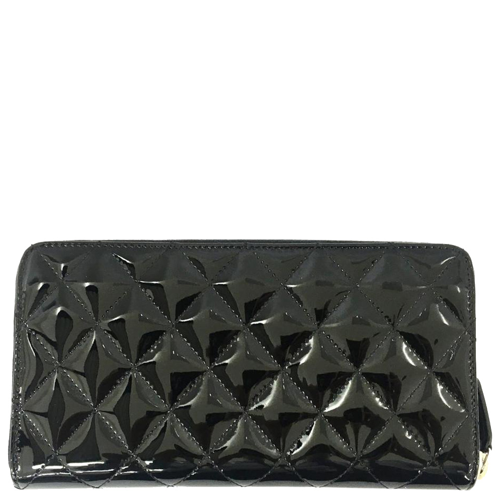 Chanel Black Patent Leather Quilted Reissue Zip Wallet