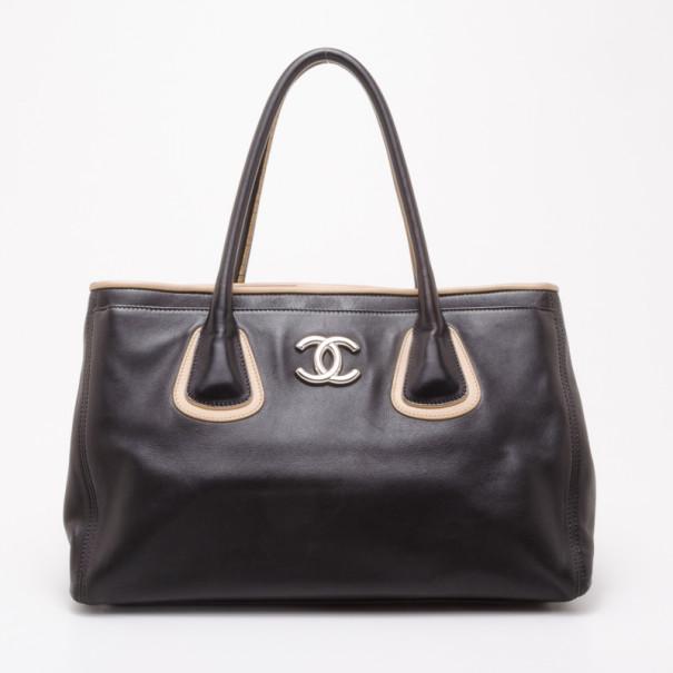 211553c51159 ... Chanel Black and Beige Lambskin Executive Cerf Tote. nextprev. prevnext