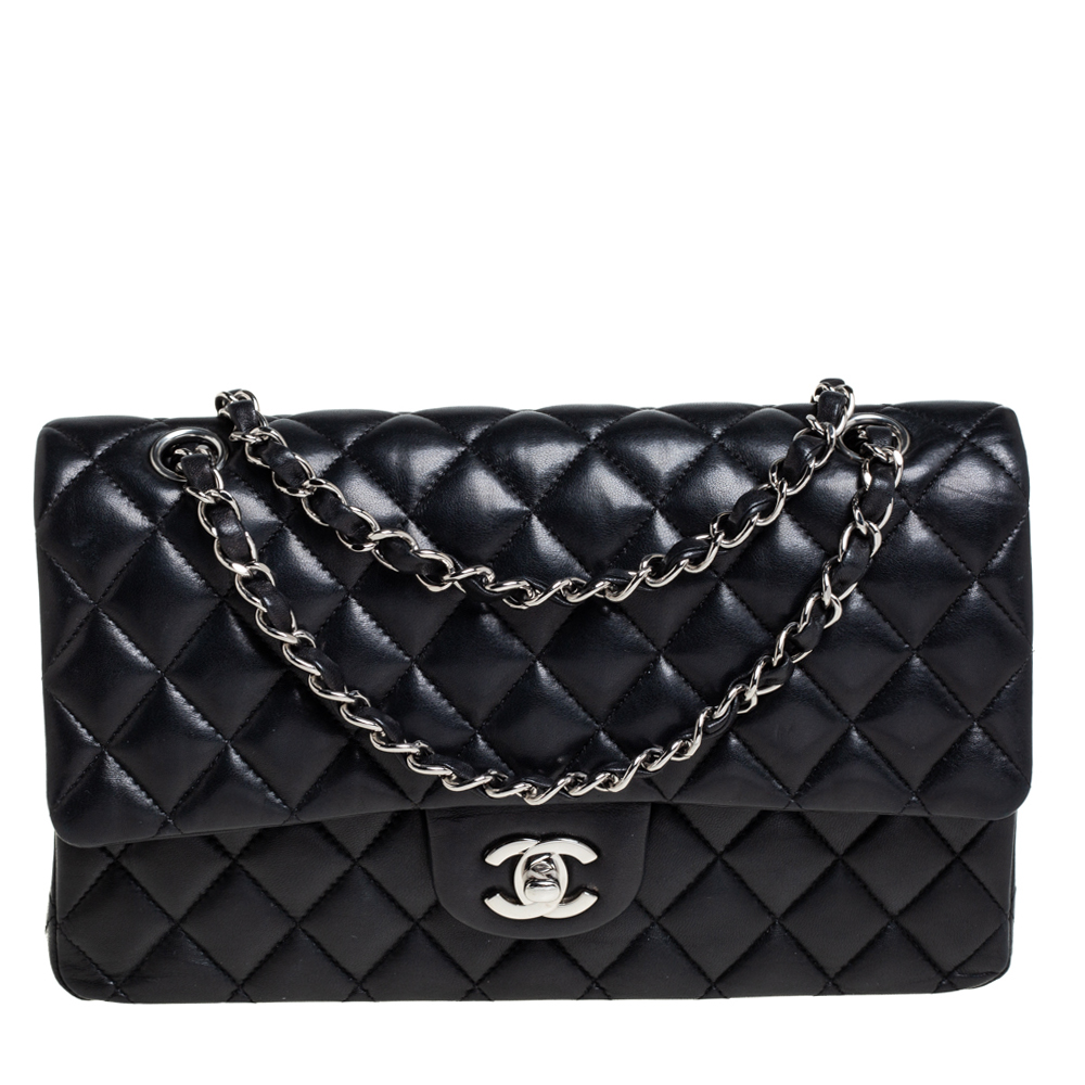 Pre-owned Chanel Black Quilted Leather Medium Vintage Classic Double Flap Bag