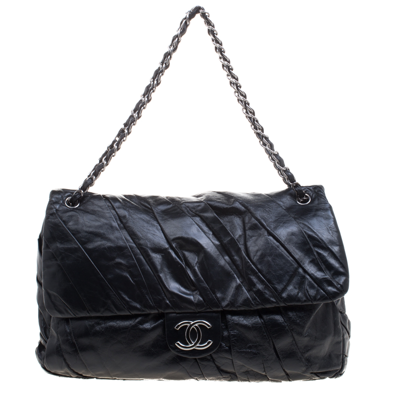 8add2f78ec8c ... Chanel Black Pleated Leather Oversized Classic Flap Bag. nextprev.  prevnext