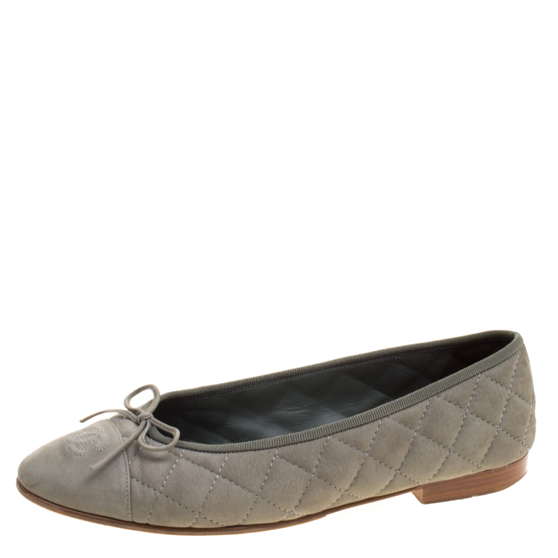 d615415118f Chanel Khaki Quilted Nubuck Cc Bow Ballet Flats Size 39 116337. Chanel  Beige Pink Purple Black ...