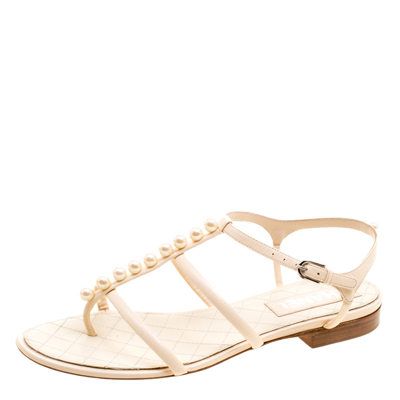 ef2f1174108 Buy Chanel White Leather Faux Pearl Thong Sandals Size 39 121370 at ...