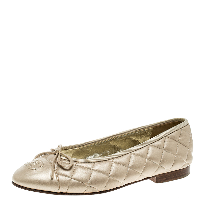 1cfd6b8ea86 Chanel Beige Quilted Leather CC Cap Toe Ballet Flats Size 36