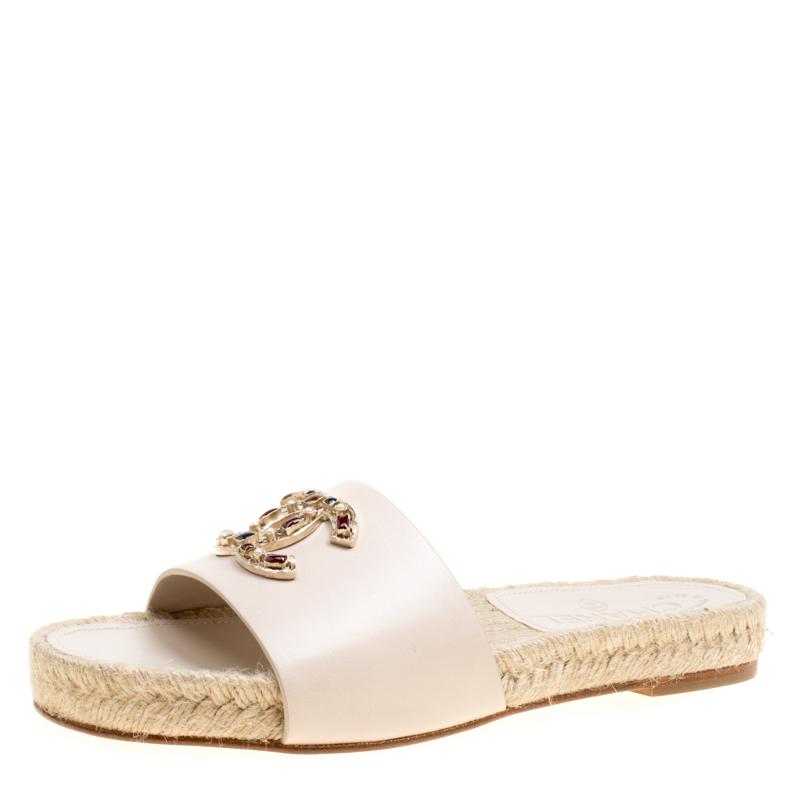 7cc23c394153 Buy Chanel Beige Leather Embellished CC Flat Espadrille Slides Size 36  158465 at best price