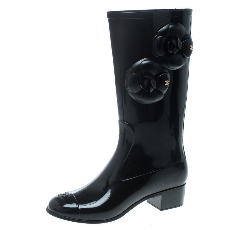 b0390665d8bf Buy Chanel Black Rubber Camelia Rain Boots Size 35 159794 at best ...