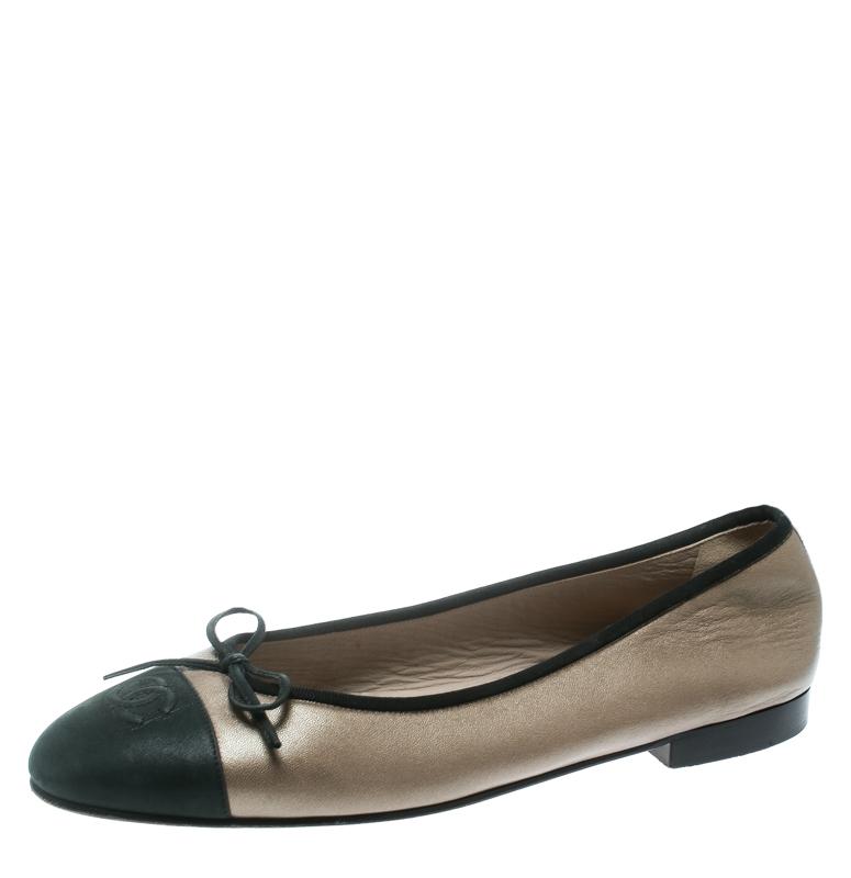 463880a2928 Chanel Beige/Black Leather CC Cap Toe Ballet Flats Size 41