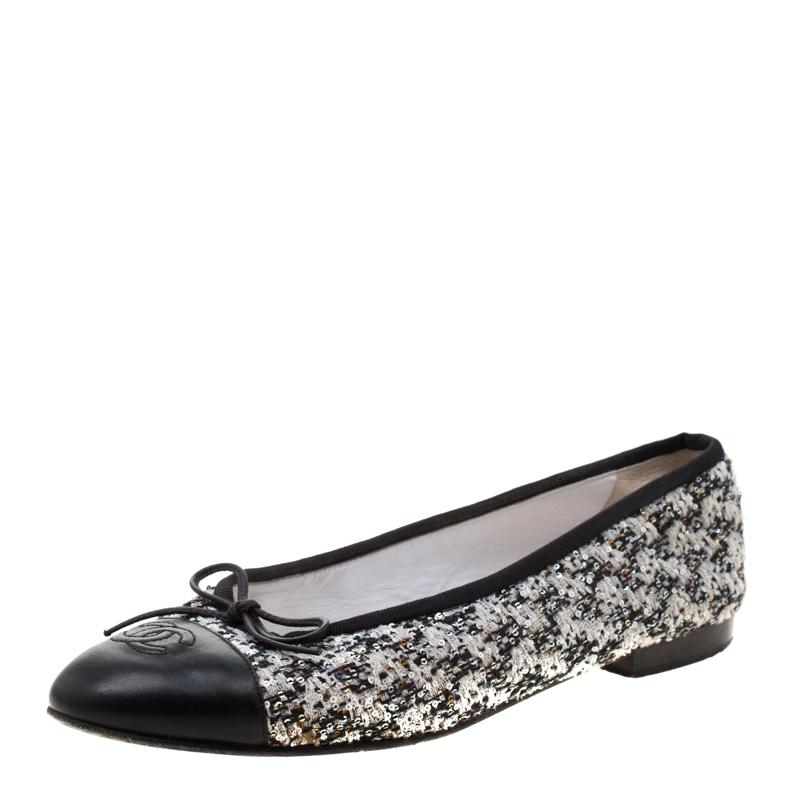 5d741e54e03f0 ... Chanel Black and White Tweed Cap Toe CC Bow Ballet Flats Size 38.5.  nextprev. prevnext