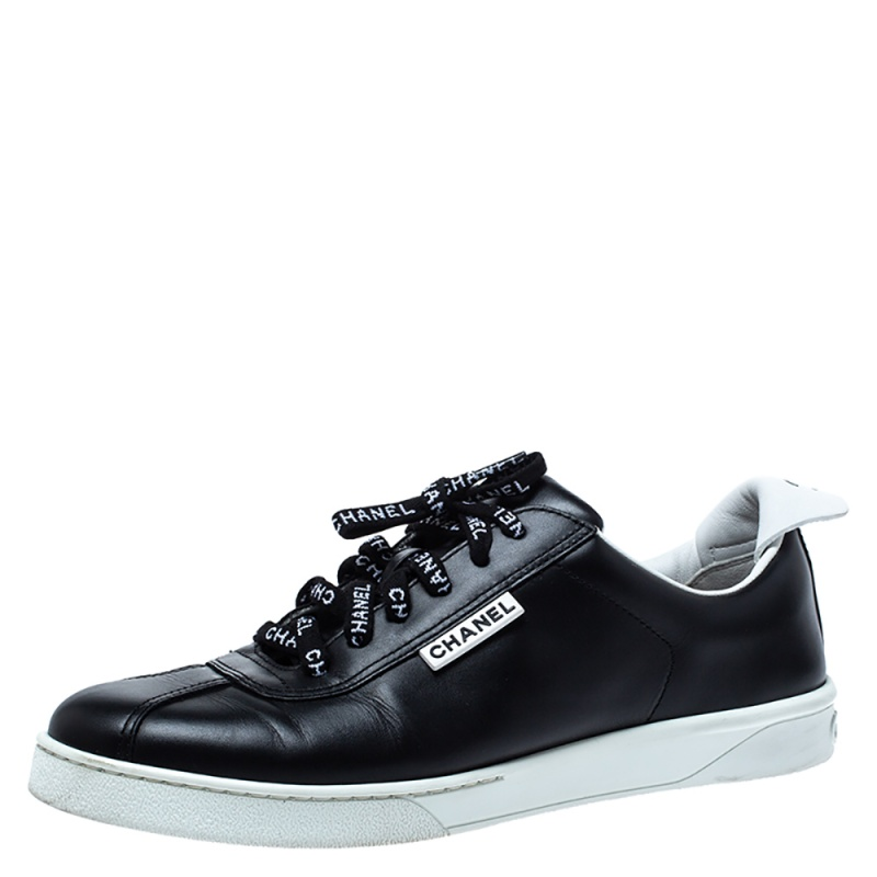 Chanel Black/White Leather Weekender Lace Up Low Top Sneakers Size 40