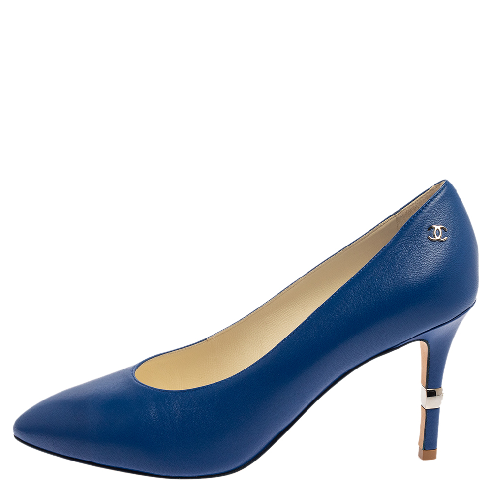 Chanel Blue Leather Interlocking CC Logo Pumps Size 39.5  - buy with discount