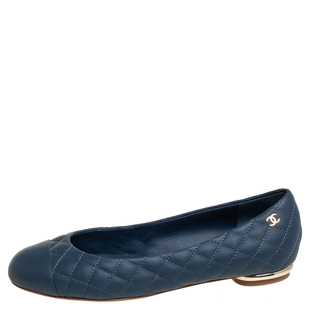 Chanel Blue Quilted Leather Cap Toe Ballet Flats Size 36