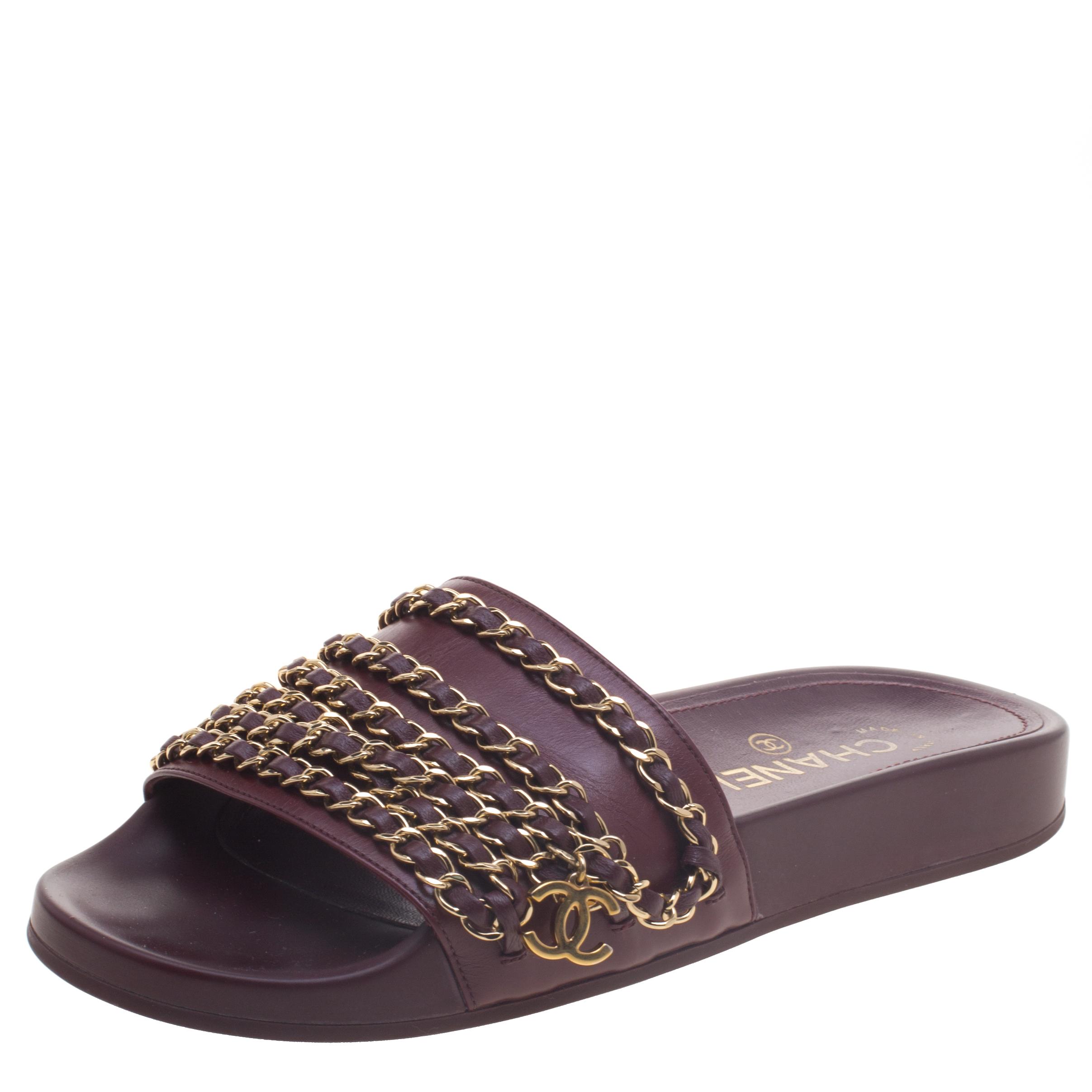 061bd55f0366 ... Chanel Burgundy Leather Tropiconic Chain Detail Slides Size 37.  nextprev. prevnext