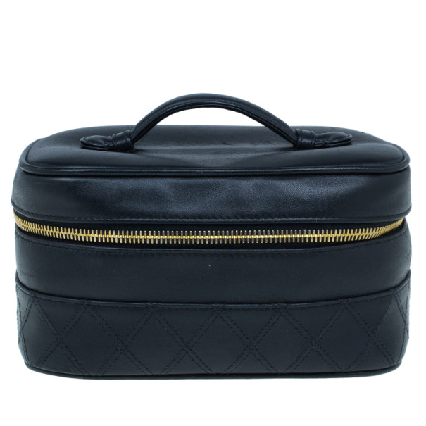 783ac5bfe5a754 Buy Chanel Black Lambskin Leather Vanity Bag 11661 at best price | TLC