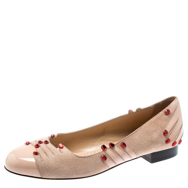 حذاء فلات باليه شارلوت أوليمبيا مانيبدي مزخرف جلد لامع وسويدي بيج مقاس 37