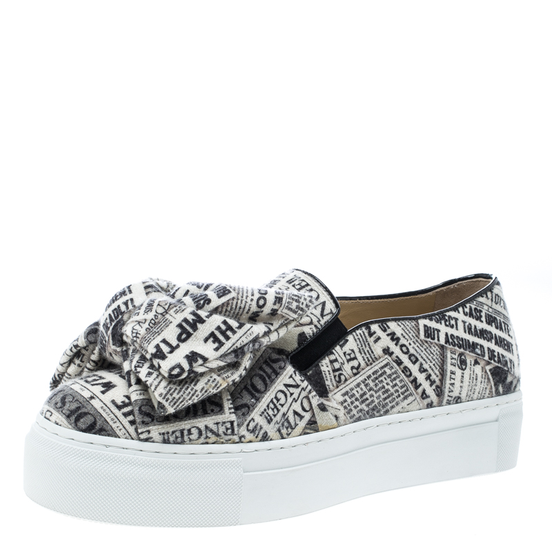 18c1d8cd Buy Charlotte Olympia Black/White Graphic Fabric Gazette Alex ...