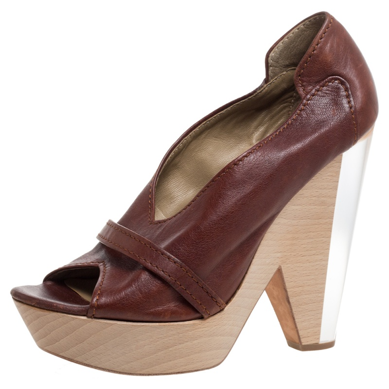 Chloe Brown Leather Lucite And Wood Chunky Heel Platform Peep Toe Pumps Size 37