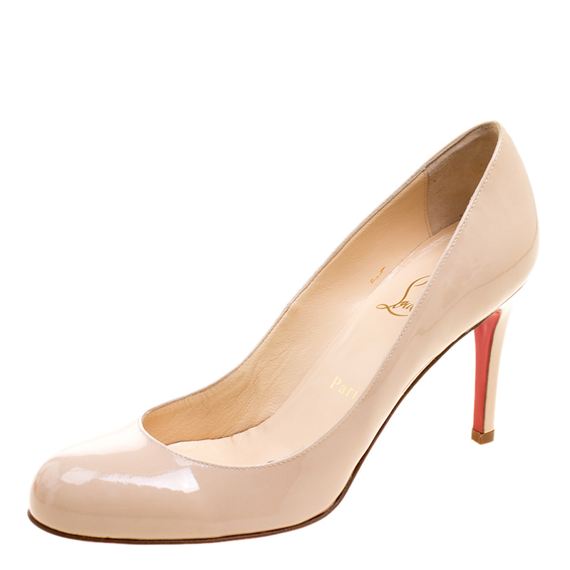 a21e5e1510b2 ... Christian Louboutin Nude Patent Leather Simple Pumps Size 37. nextprev.  prevnext