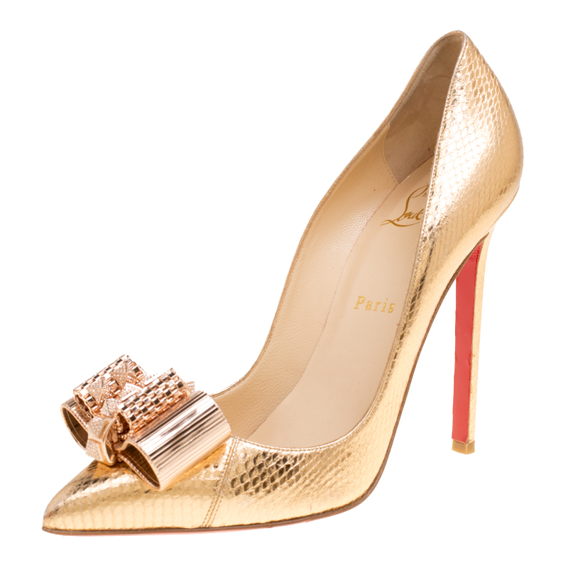 cheap for discount cdad2 2d06c Christian Louboutin Gold Metal Knot Décolleté Pigalle Pumps Size 38.5