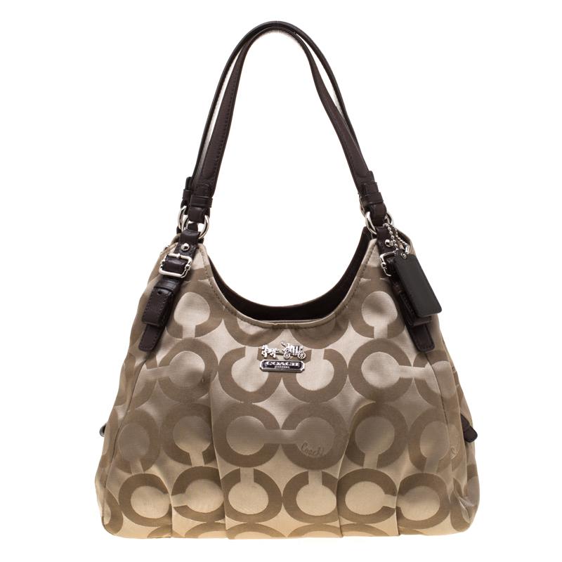 ad580b9d19c Buy Coach Beige Signature Canvas Shoulder Bag 185765 at best price | TLC