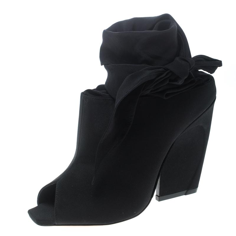Купить со скидкой Dior Black Grosgrain Fabric Brooklyn Ankle Wrap Peep Toe Ankle Boots Size 39