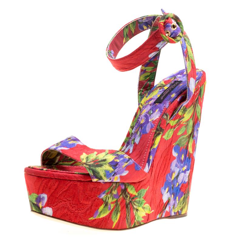 79d11f60e3 ... Floral Printed Fabric Platform Wedge Sandals Size 40. nextprev. prevnext