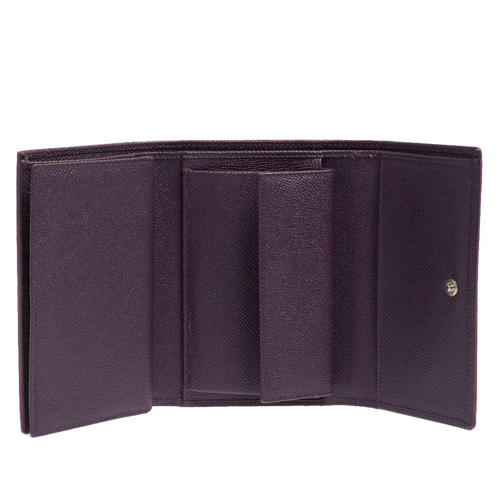 Dolce & Gabbana Pink Lizard Embossed Leather Trifold Wallet  - buy with discount