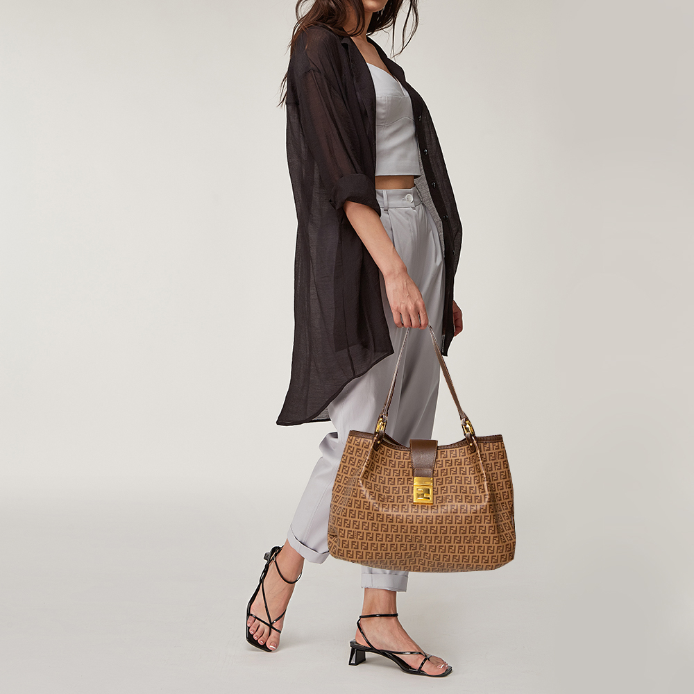 Fendi Brown Zucchino Coated Canvas and Leather Chiusura Tote  - buy with discount
