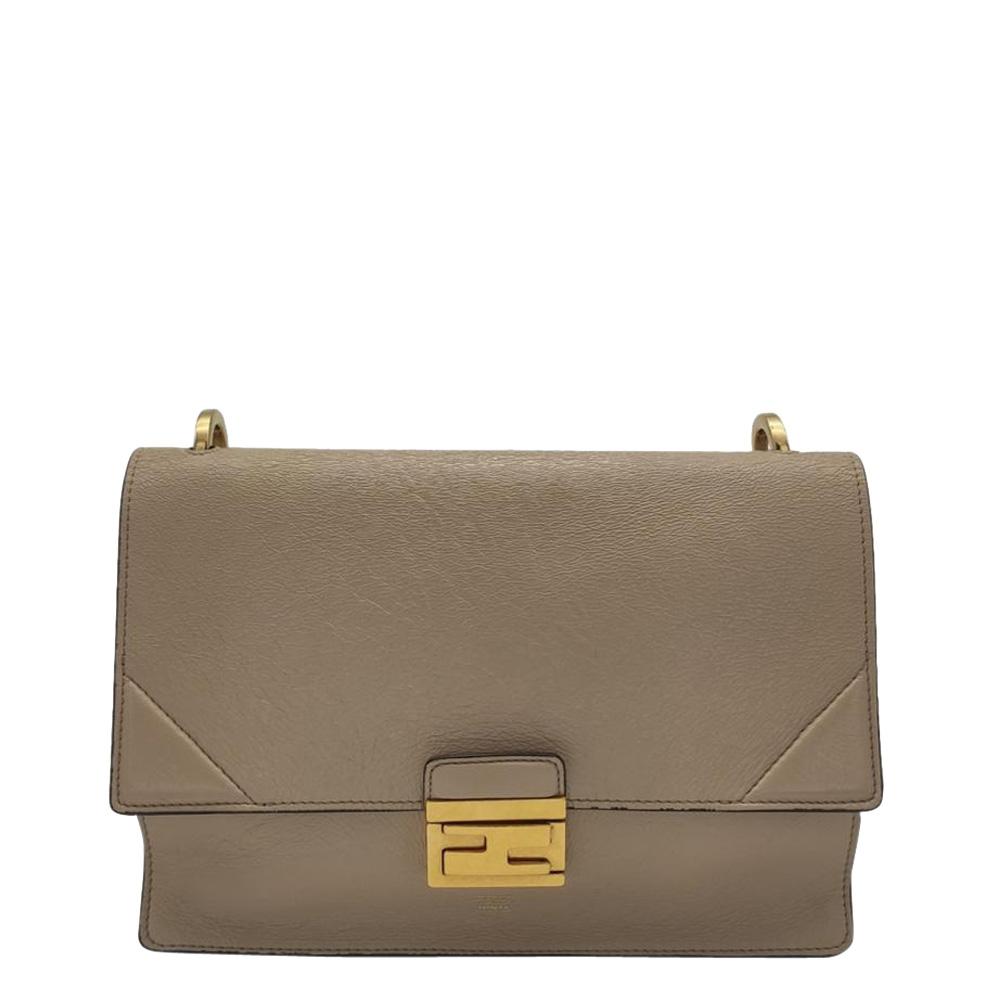 Pre-owned Fendi Beige Leather Kan U Shoulder Bag