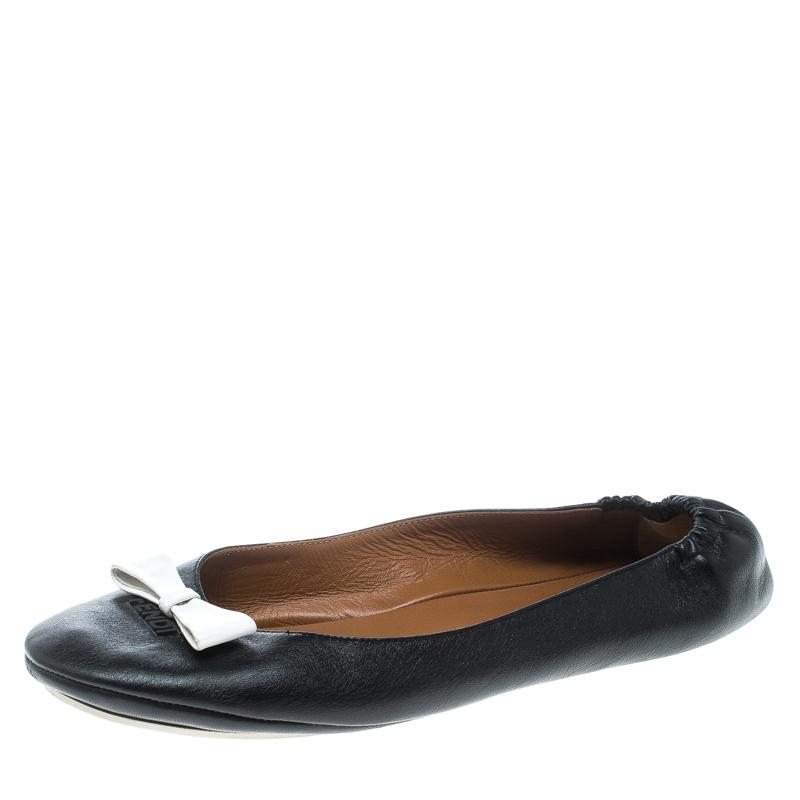 1f4abccb1eda9 ... Fendi Black Leather Let's Dance Bow Ballet Flats Size 39. nextprev.  prevnext