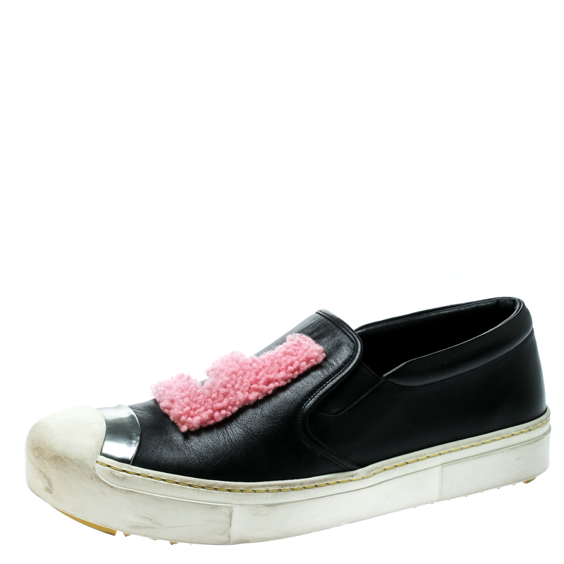 60b60b7555 Fendi Black Leather Fflynn Shearling Fur Slip On Sneakers Size 40